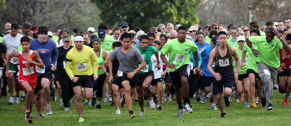 Start of the 2012 Get Your Rear in Gear 5K Run/Walk in Orange County. Photo by Dan Nino.