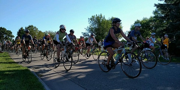 Tour de Tush Twin Cities start