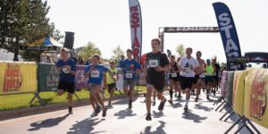 Get Your Rear in Gear Green Bay 5K start