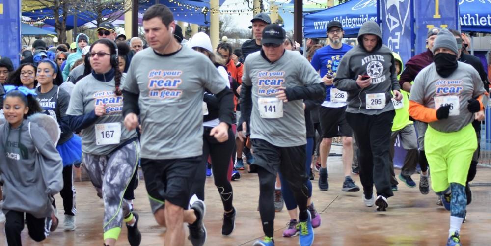 Get Your Rear in Gear San Antonio run start