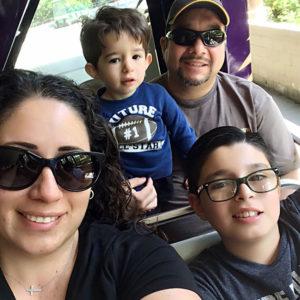 linda vieyra family selfie